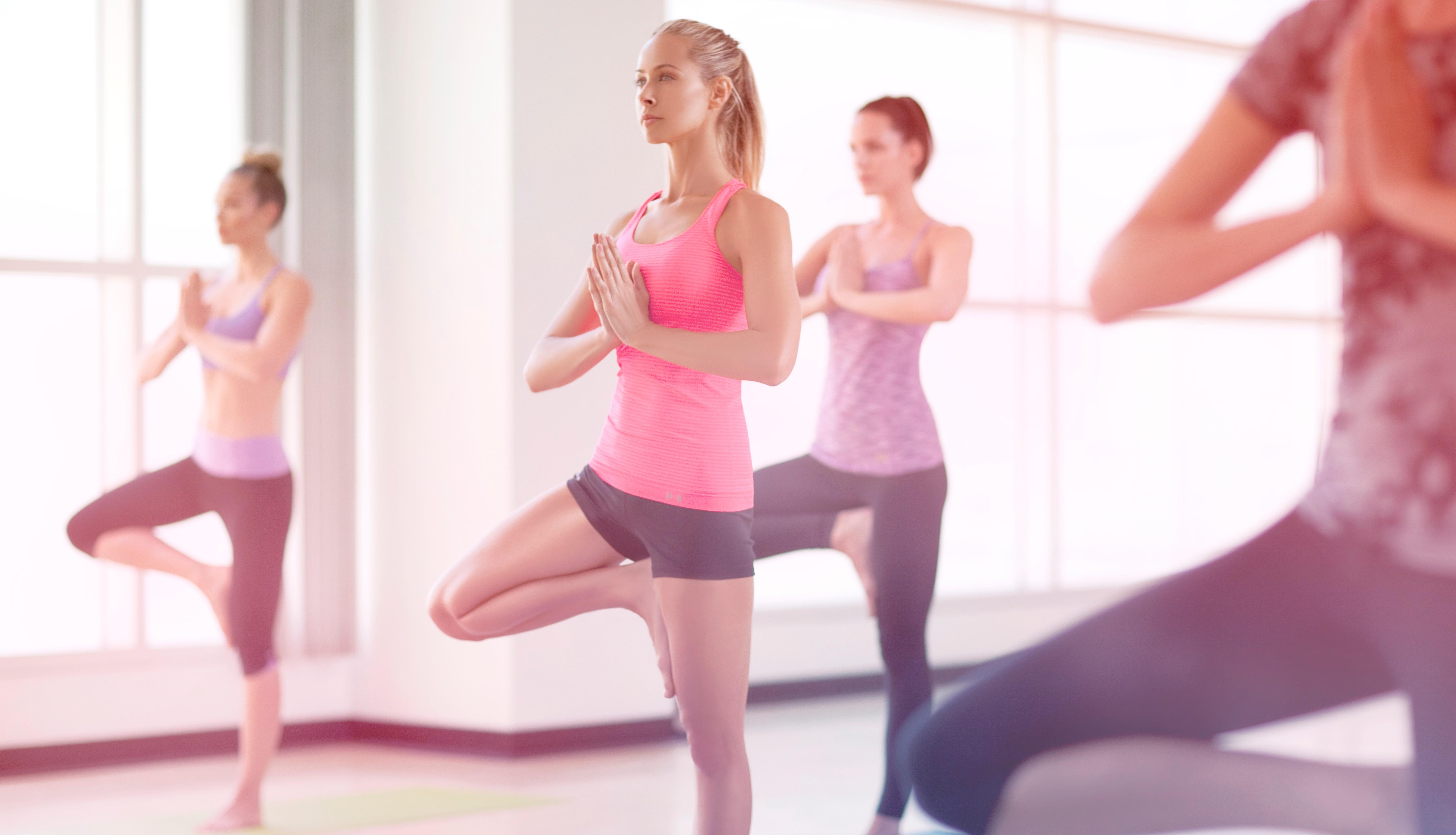 w_yoga_jesse_120420b1